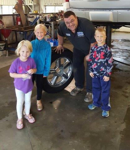 Learning About Cars At Runde Chevrolet Dubuque Platteville New