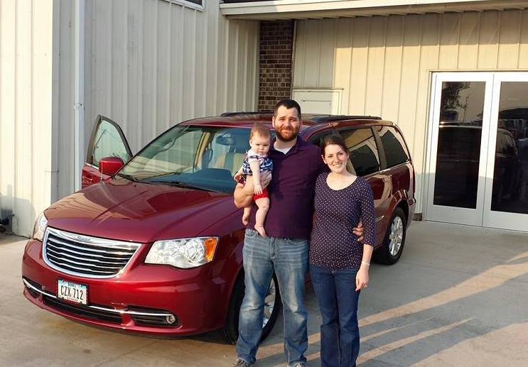 Winthrop IA used van for sale, Winthrop Chrysler Town & Country