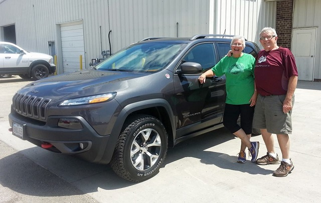 Manchester IA Jeep Dealer, new 2015 Cherokee Trailhawk, Runde Auto Group