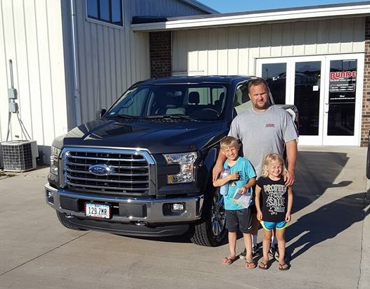 Dundee Iowa Ford F-150 truck dealer