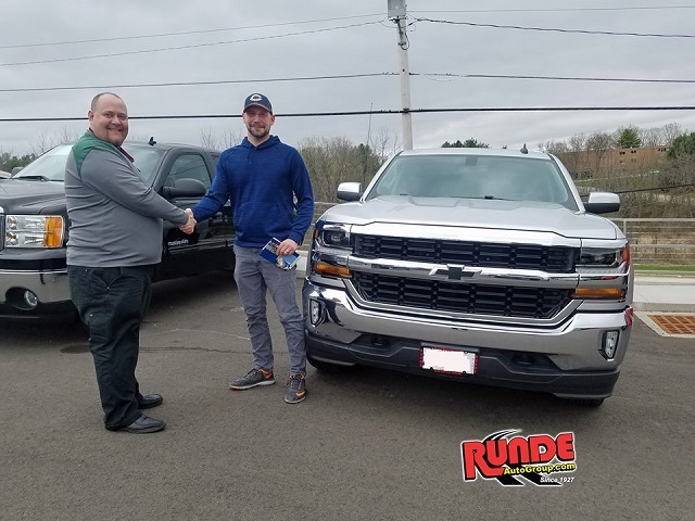 New Chevy Silverado Dealership Galena Illinois